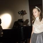 Zpíváme pod betlémem